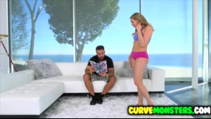 Roundass Mia Malkova is getting her juicy cunt drilled
